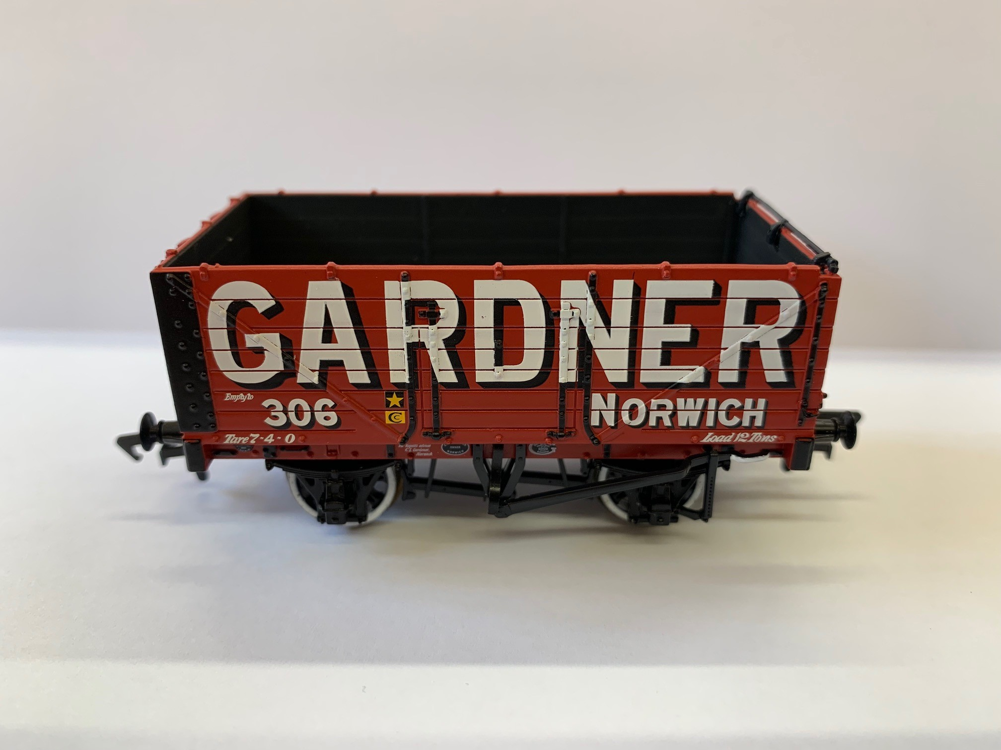 Bachmann - 37-076R - 7 Plank Open - Gardner of Norwich - BVR Exclusive £16.99